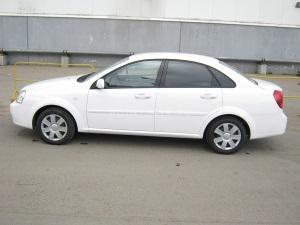 Тонировка стекол Chevrolet Lacetti пленкой SunTek HP 5